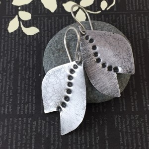 Leaf Dot Earrings (Aluminum)